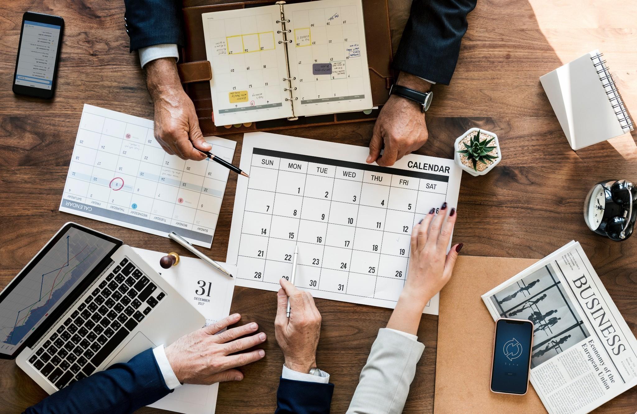 businessbusinesspeoplecalendar